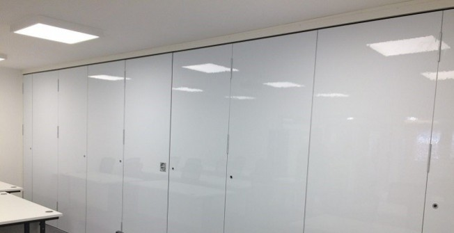 Folding Partition Walls in Brabourne Lees